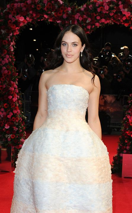 Un amour d'hiver: Jessica Brown Findlay
