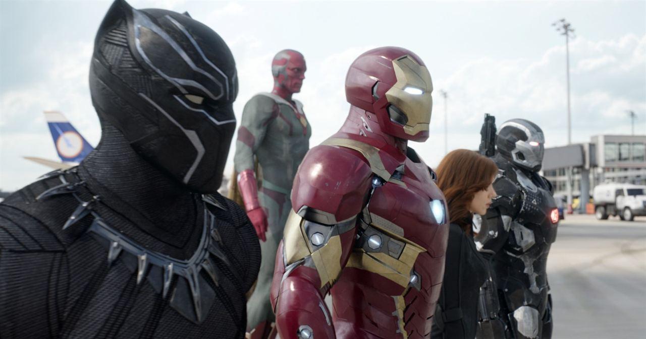 Captain America: Civil War: Robert Downey Jr., Chadwick Boseman, Scarlett Johansson, Paul Bettany