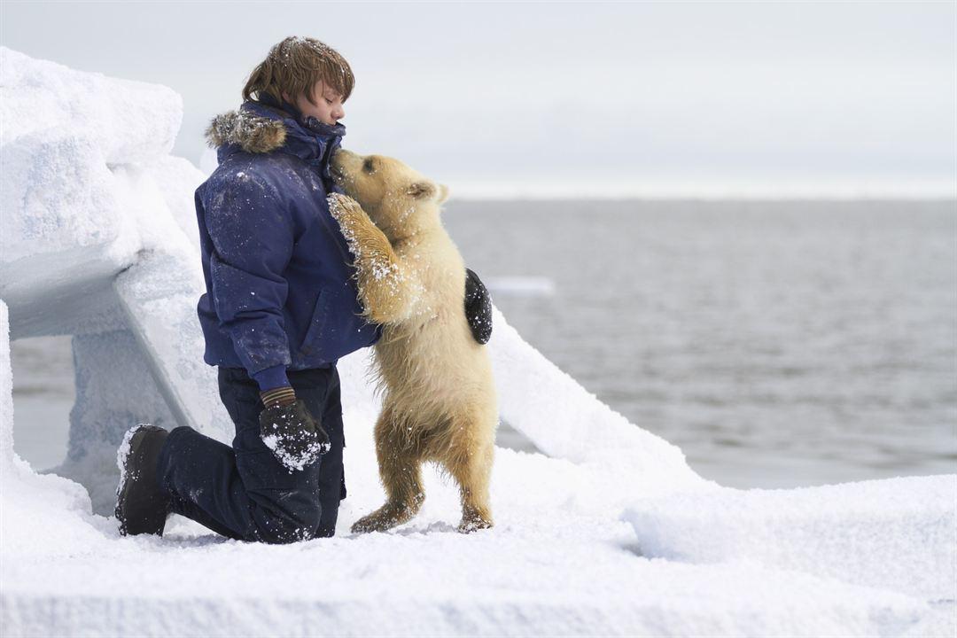 Pizou l'ours blanc : Photo Dakota Goyo
