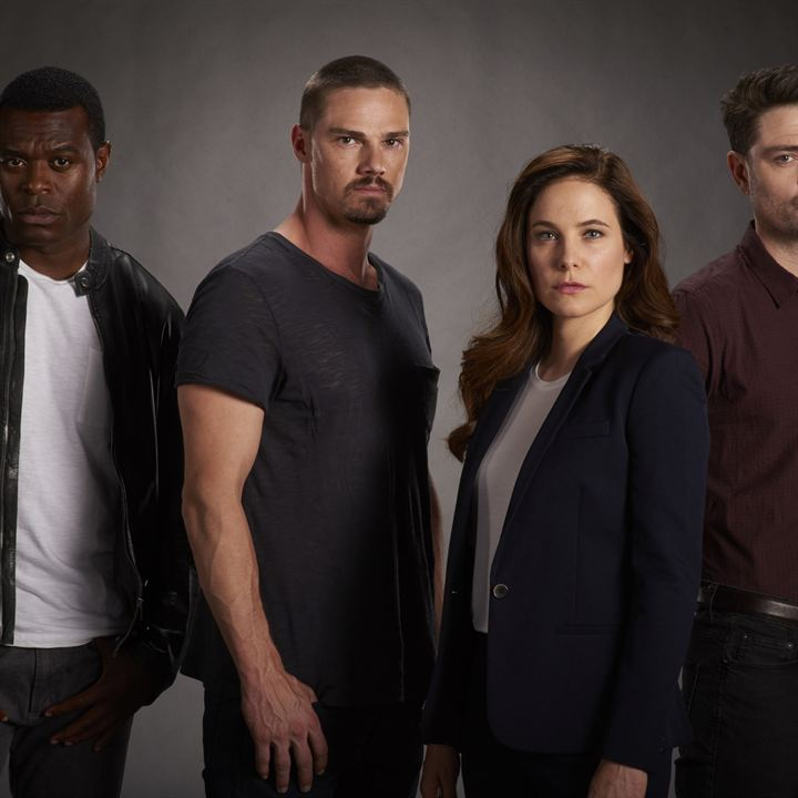 Photo Caroline Dhavernas, Jay Ryan (III), Lyriq Bent, Richard Short