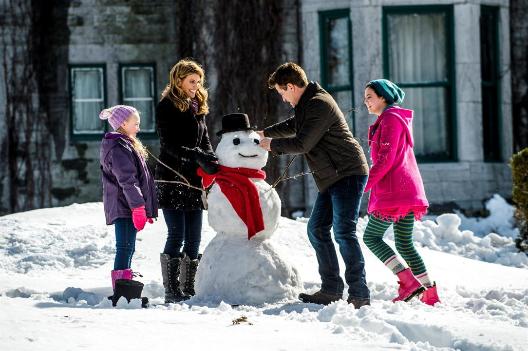 Il faut sauver Noël 2 : Photo Ava Telek, Bailee Madison, Dermot Mulroney, Lori Loughlin