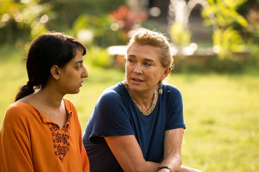 Photo Amanda Redman, Kiran Sonia Sawar