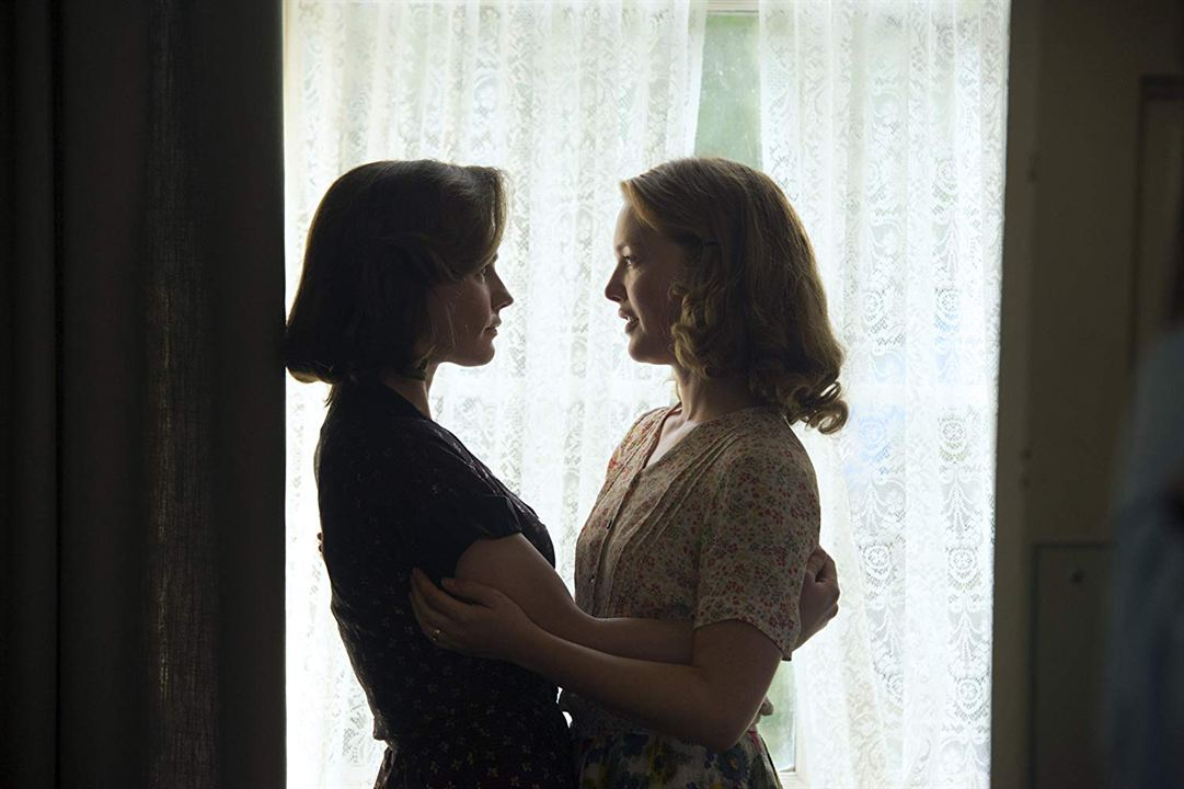 Tell It To The Bees: Anna Paquin, Holliday Grainger