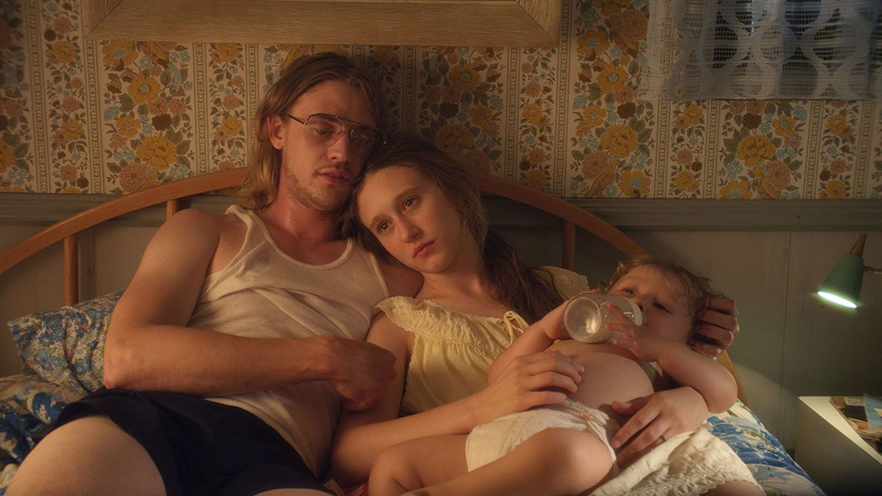 Higher Ground : Photo Boyd Holbrook, Taissa Farmiga