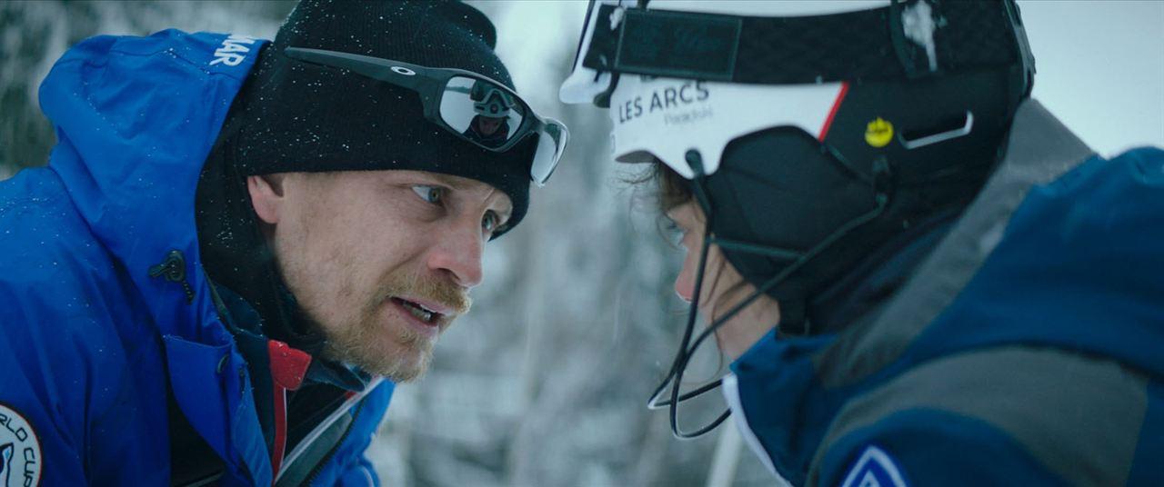 Slalom: Jérémie Renier, Noée Abita